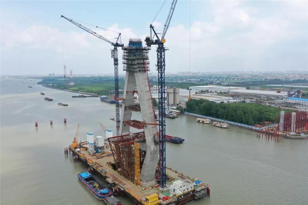 正式通车后,将成为继奉浦大桥,闵浦大桥,闵浦二桥,虹梅南路隧道等桥隧